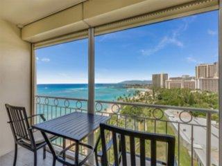 Casual Comfort w/Ocean Vistas, Free WiFi, Kitchenette Ease–Waikiki Shore #1305