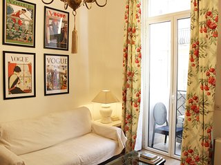 Very nice two rooms with mezzanine, city centre, Croisette, Palais des Festivals