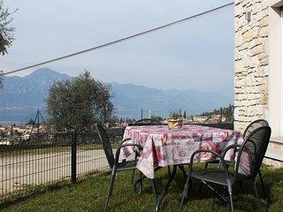 Cosy Torri Apartments - Fantastica vista Lago e Giardino privato