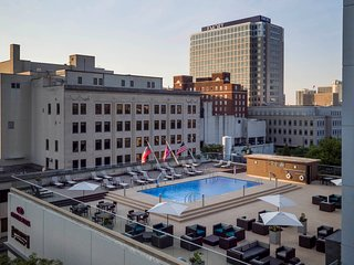 Stylish Midtown Atlanta Studio | Free Breakfast + Seasonal Pool Access