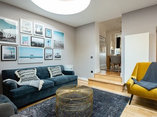 The King's Row - Quiet & Modern 3BDR near King's Cross with Garden