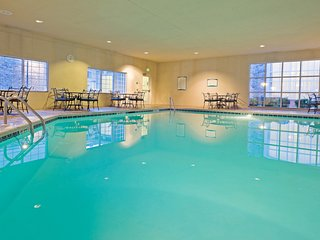 24 Hour Fitness Center + Business Center | Evening Receptions + Convenient