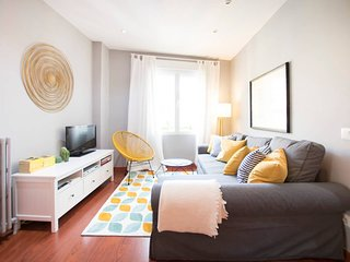 CHARMING GRAN VIA III - 2 bedrooms, bright, in the best area of Madrid
