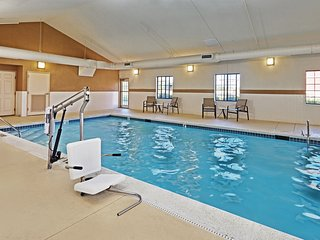 Contemporary Studio with FREE Breakfast | 24 Hour Fitness Center + Indoor Pool