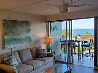 Sunset Kahili 303: Fully Remodeled Ocean View Condo
