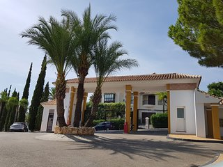 Gorgeous 2 bedroom apartment with private garden in the heart of Golf Valley