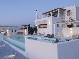 3 Bedroom Villa Indigo, Paros, Greece