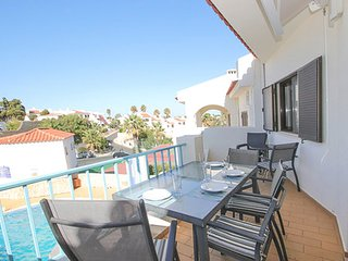 Beautifully Presented 2 Bedroom Apartment on Monte Dourado - Close to Town