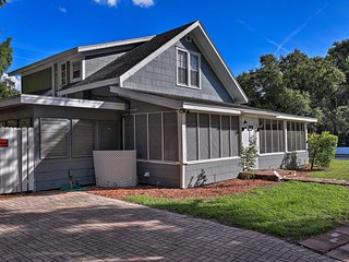 Winter Haven Family Home - Walk to 2 Lakes!