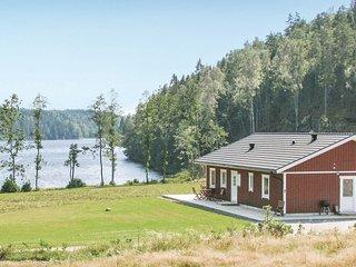Amazing home in Hedekas w/ 4 Bedrooms (S08026)