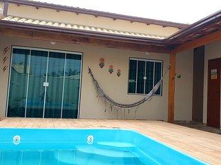 Casa de praia em cabo frio com piscina