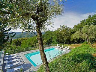 VILLA ILENIA 24Pax, with large pool, cooking class, WI-FI, BBQ, panoramic view,