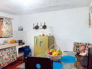 Casa de piedra Taganga . Your Family Cottage very close to the beach!