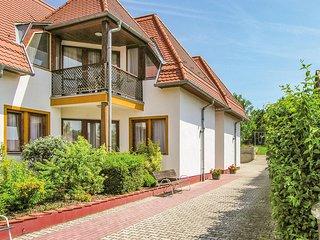 Stunning home in Balatongyörök w/ WiFi and 2 Bedrooms (UBN911)