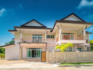 Phuket 9 Residence