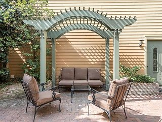 Private Carriage House Steps to River St. with Garage Parking!
