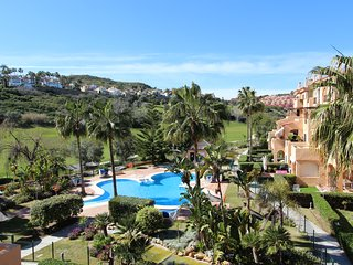 La Almadraba 425:Lovely Apartment at walking distance from Puerto de la Duquesa.