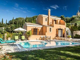 Mastrogiannis villa Levanta