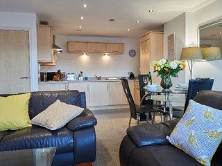 Clarence Court - Stunning City Centre Apartment