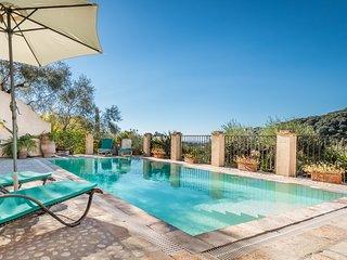 Private villa Lemonia