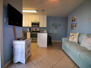 The Parrots Nest * Seagrove, 2BR/2BA Recently Updated Condo!