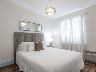 Two Bedroom Suite at Villa Paradiso - 1 Block from the Beach