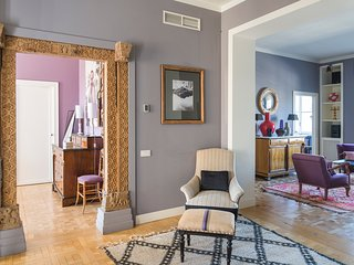 MILANO CHARMING APARTMENT - A unique and elegant house for rent in Milan city