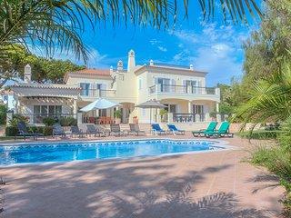 Luxury 5 bedroom family villa in Dunas Douradas, less than 1km from the beach