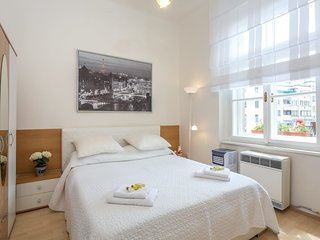 Cosy apartment in nice residential area 15 min tram from centre by easyBNB