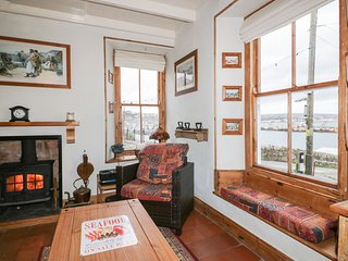KAY KIN, sea views, pet-friendly in Newlyn