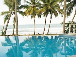 Cabarete Oceanfront Villa Retreat sleeps 11
