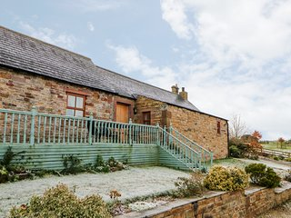 THE DAIRY , pet friendly, country holiday cottage, with hot tub in Milton, Ref