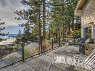 Gorgeous, modern home w/ Lake Tahoe views, 2 fireplaces & pool table!