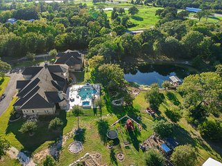 Willow Run Estate in Aggieland