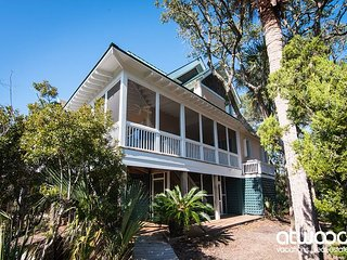 Seaclusion - Private Beach Access & Dock on Salt Lagoon; Huge Screened Porch