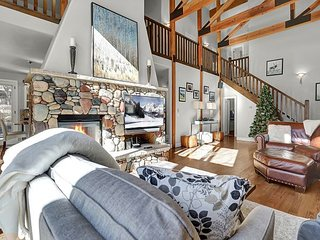 Luxe Custom Home in the Heart of Vail Valley   3 Living Areas, Lavish Kitchen