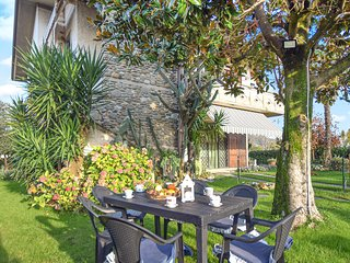 Awesome apartment in Capezzano Pianore w/ 3 Bedrooms
