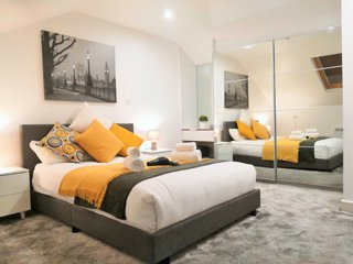 Stylish Horse Fair Apartments in City Centre by HF Group