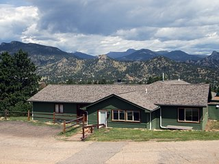 Rocky Mountain Retreat 1