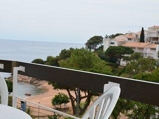 Cala Salions 12- Apartamento frente de playa. Playa de uso exclusivo residentes