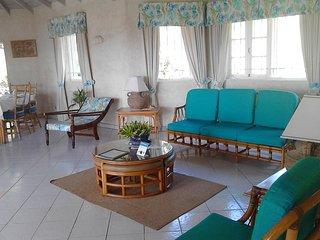 4 bedroom vacation Barbados beach villa -pool,A/c,staff,ensuite,airport transfer