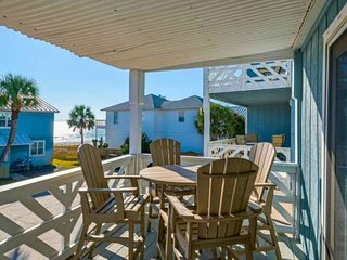 10% Winter Discount! NEW RENTAL!Beautifully Updated Townhome with Gulf Views!Onl