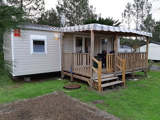 Mobile-home traditionnelle 2 chambres