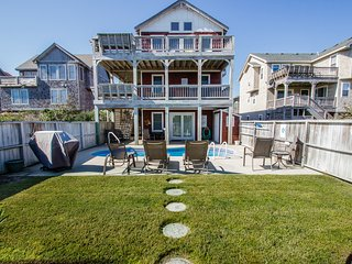 Looney Dunes | 1100 ft from the beach | Private Pool, Hot Tub | Nags Head