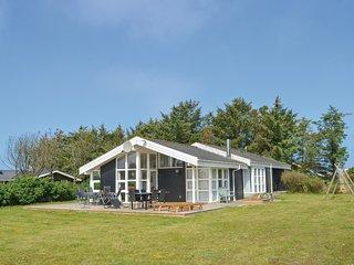 Nice home in Løkken w/ Sauna, WiFi and 3 Bedrooms (D7048)