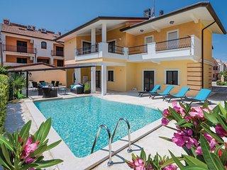 Stunning home in Rovinj w/ 4 Bedrooms (CIV708)