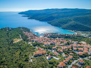 Nice apartment in Rabac w/ Outdoor swimming pool, WiFi and 2 Bedrooms