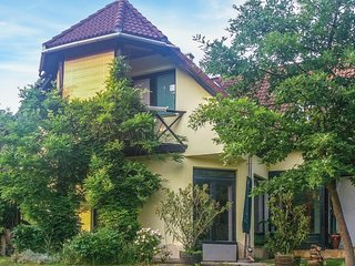 Awesome home in Bánd w/ WiFi and 4 Bedrooms (UBN056)