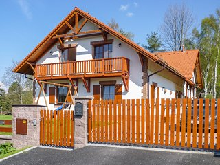 Awesome home in Lipno nad Vltavou w/ Sauna and 7 Bedrooms (TBB406)