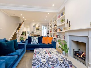 Wonderful, Bright 4 Bed House in Fulham